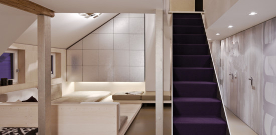 53884 purple staircase in modern home E3DDDSJ